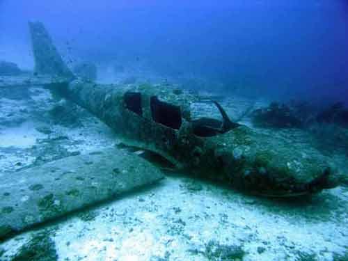 Sunken Planes Underwater